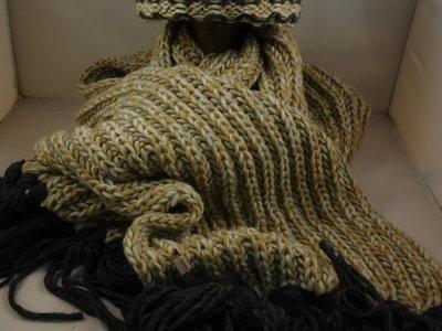 Bedacht sjaal honingraatmotief / gold antraciet