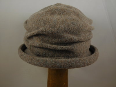 Bedacht Cloche softvilt / taupe