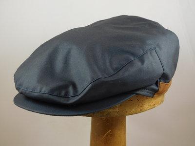 Wigens klassieke regenpet met oorklep / wax navy