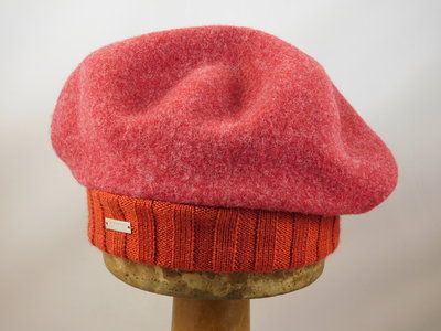 Seeberger baret met rand / ruby red