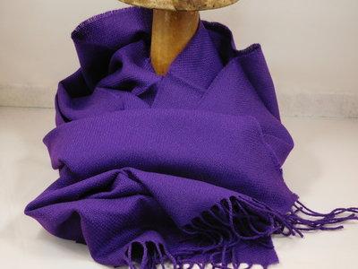 John Hanly sjaal 47 x 220 merinowol paars