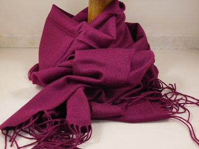 John Hanly sjaal 47 x 220 merinowol magenta