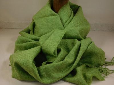 John Hanly sjaal 47 x 220 merinowol groen