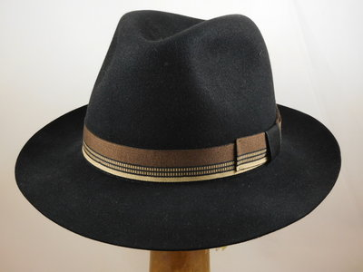 Customized Barbisio classic fedora zwart