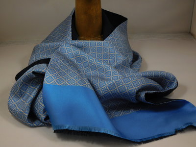 Daspartout sjaal zijde wol frans motief / blauw
