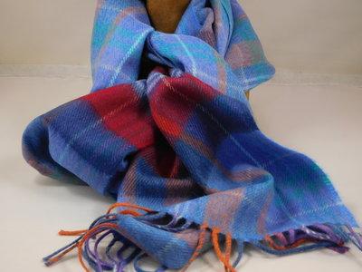 John Hanly sjaal 30 x 180 merinowol lila oranje rood