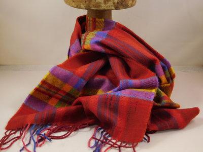 John Hanly sjaal 30 x 180 merinowol rood oker