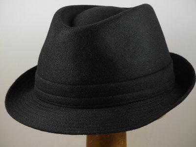 Jos van Dijck trilby wol zwart