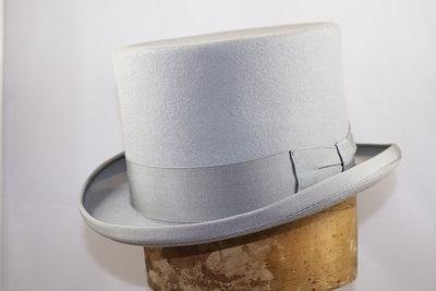 Baldini lage Hoge hoed Parelgrijs