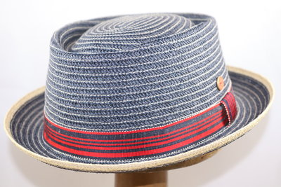 Mayser 'Andy' Pork Pie Raffia Paperbraid BLAUW