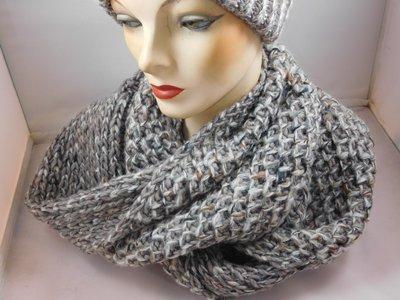 Seeberger 'loop'sjaal creme multi color en lurex
