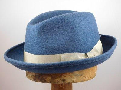 Tesi trilby 'Adria' blauw