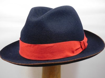 Customized Panizza Navy lint rood