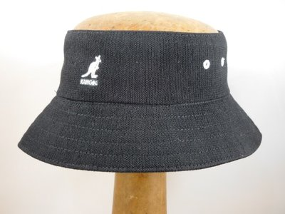 Kangol 'Bamboo cut off bucket' zwart