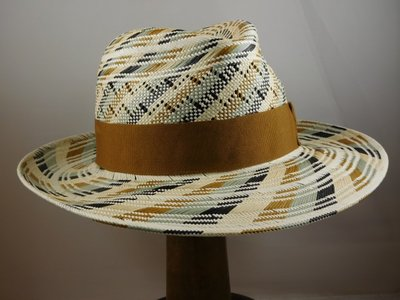 Bronte Zomer Fedora / Soft colours