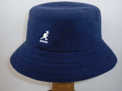 Kangol lahinch wol blauw