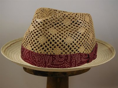 Tesi Trilby decoratief crochet