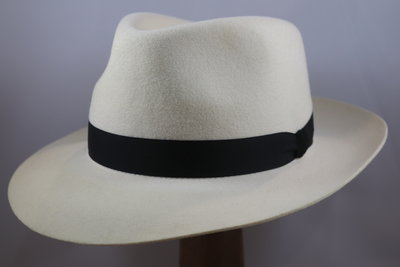 Baldini fedora 300 breed wol wit