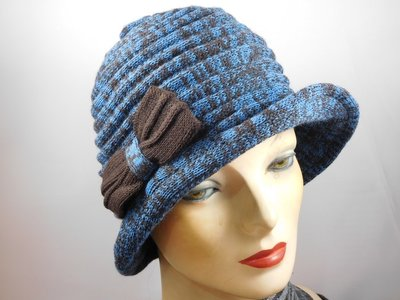 Hats&Dreams Cloche strikje blauw bruin