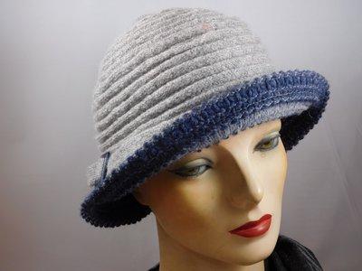 Hats&Dreams cloche gespje licht grijs
