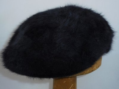 Kangol '504 Furgora' zwart